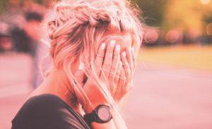 Traurige Frau - wie lang hast Du noch Zeit